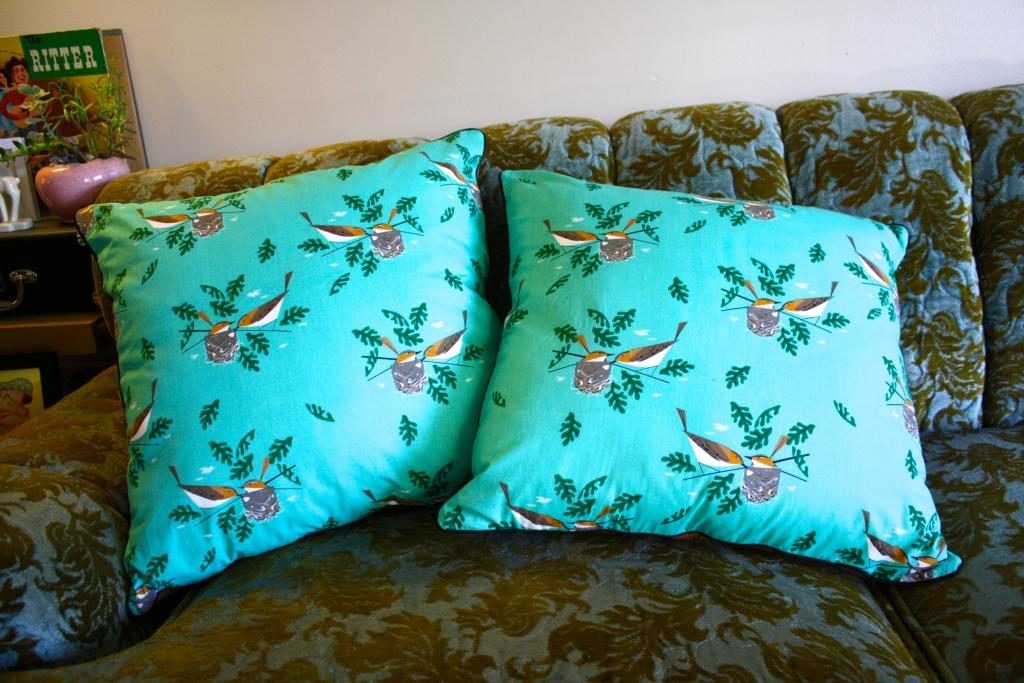 Throw Pillows Mint Green Sewing Machine