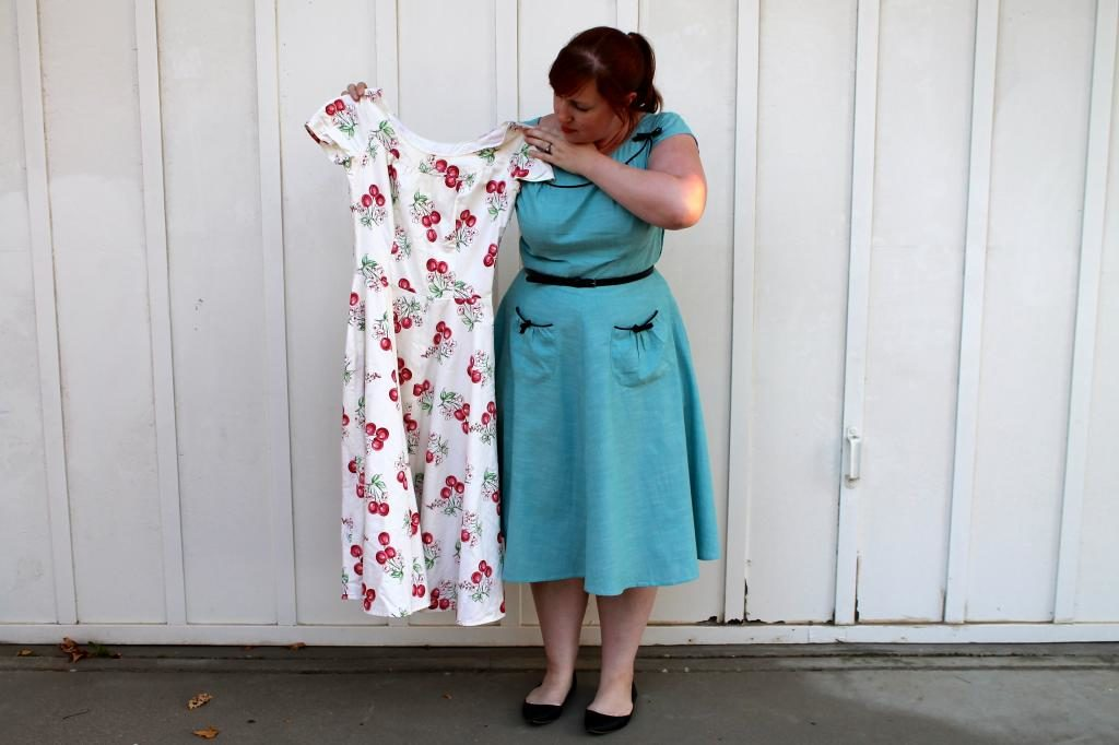 Vintage Simplicity 1207 Blue Bow Dress Mint Green Sewing Machine